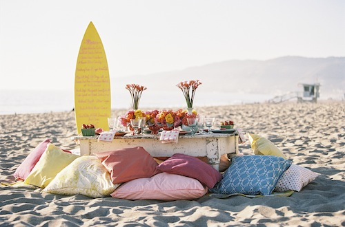 Found-Vintage-Beach-Wedding-Braedon-Flynn-colorful
