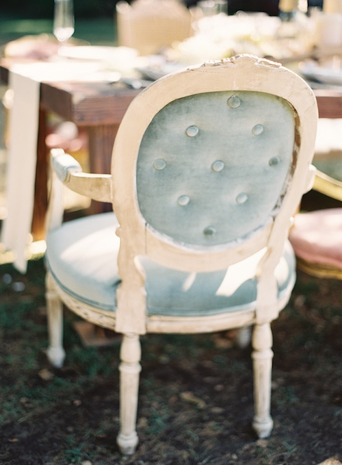 caroline-tran-outdoor-vintage-wedding-velvet-seafoam-dining-chair