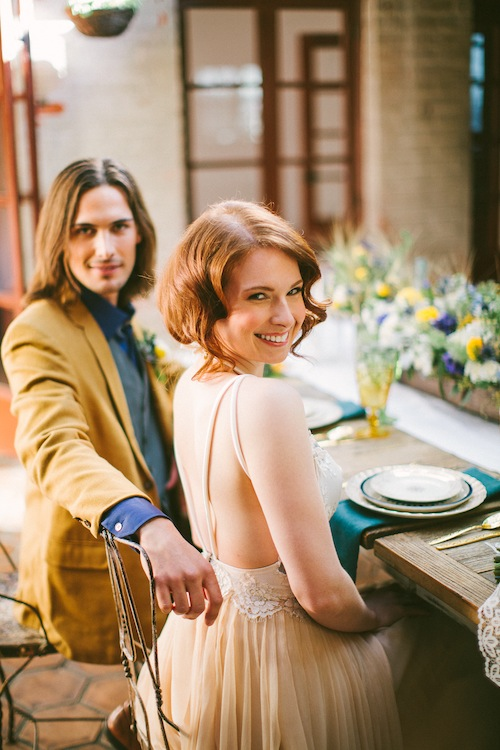 rustic-van-gogh-dining-wedding-shoot-found-vintage-rentals