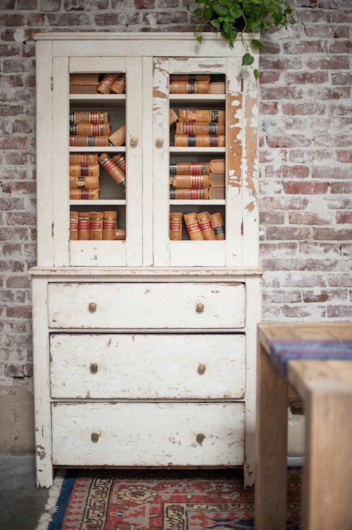 found-vintage-rentals-summer-look-book-americana-books-cabinet