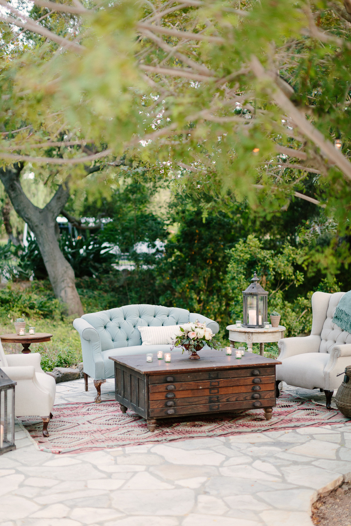 Ojai Wedding with Bash Please, Erin Hearts Court and Found Vintage Rentals