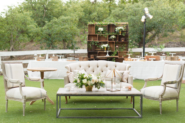 Stunning-Outdoor-Wedding-13