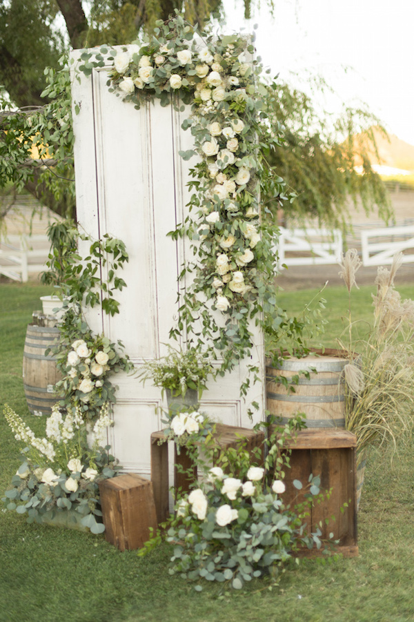 Stunning-Outdoor-Wedding-6