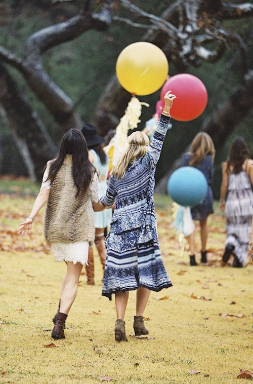 bohemian-vintage-outdoor-bridesmaid-shoot-shower-found-rentals-braedon-flynn
