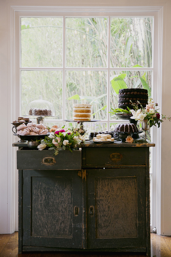 Romantic Erica Elizabeth Designs Shoot with Sweet and Saucy, Modern Romance and Found Vintage Rentals