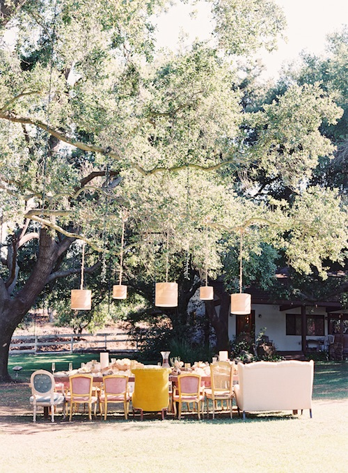 Caroline-tran-intimate-outdoor-malibu-wedding-dining-table-reception-eclectic-upholstered-seating