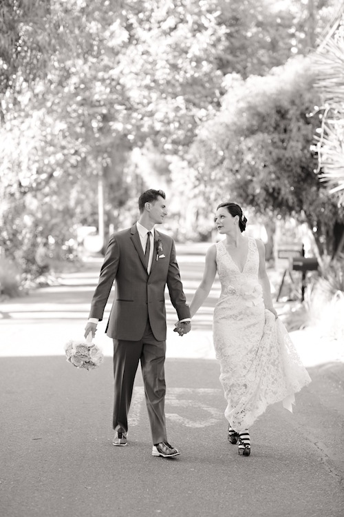 outdoor-vintage-wedding-california