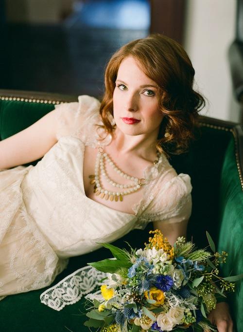 rustic-van-gogh-emerald-wedding-shoot-found-vintage-rentals