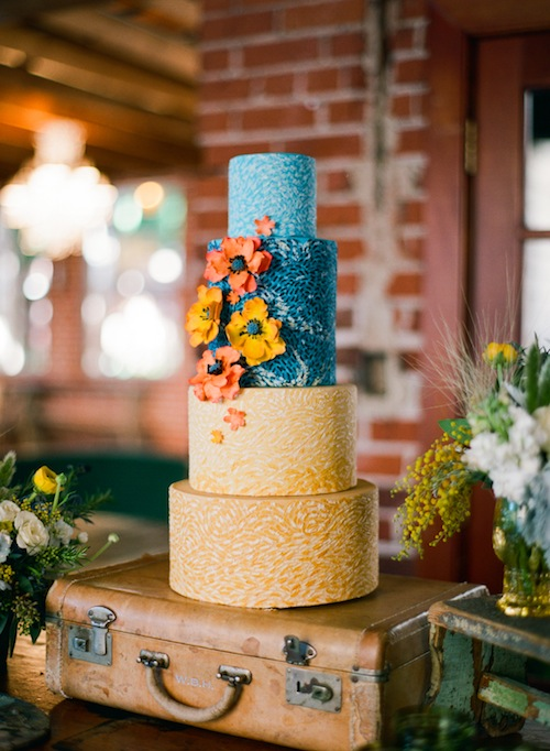 rustic-van-gogh-cake-wedding-shoot-found-vintage-rentals