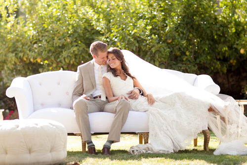 Ashlee-Raubach-newport-beach-wedding-california-twig-and-twine-neutral-vintage-lounge-furniture-