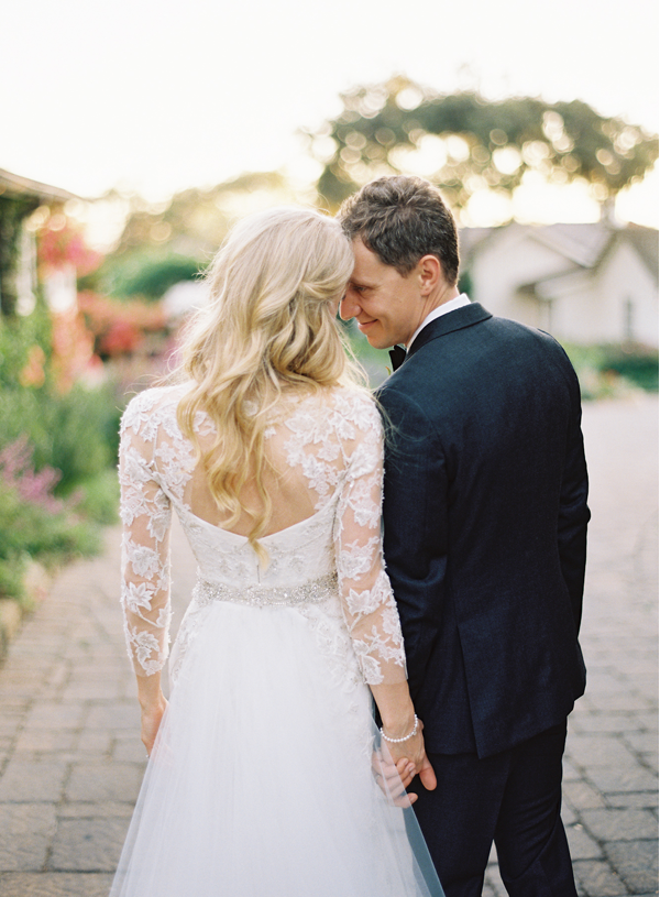 backless-lace-sleeve-wedding-dress