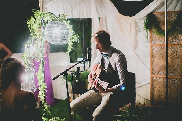 17Keltie-Knight-Rock-n-Roll-Boho-Wedding-Studio-Castillero-groom-singing