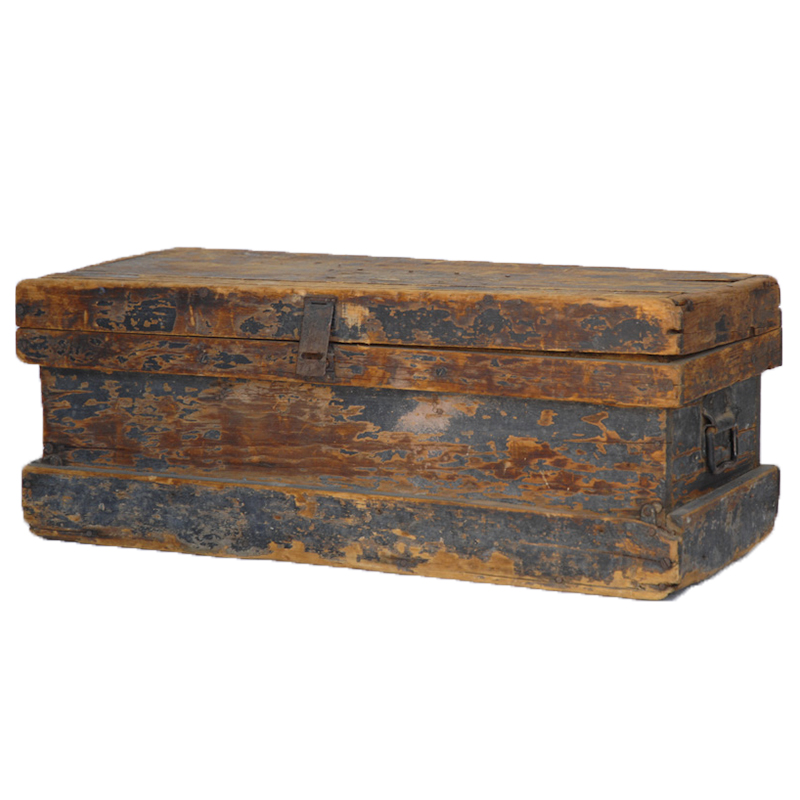 Peterson Wooden Trunk