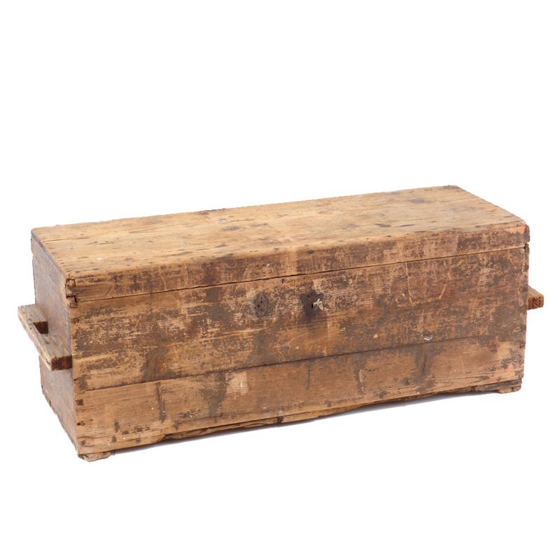 Sutton Wooden Trunk