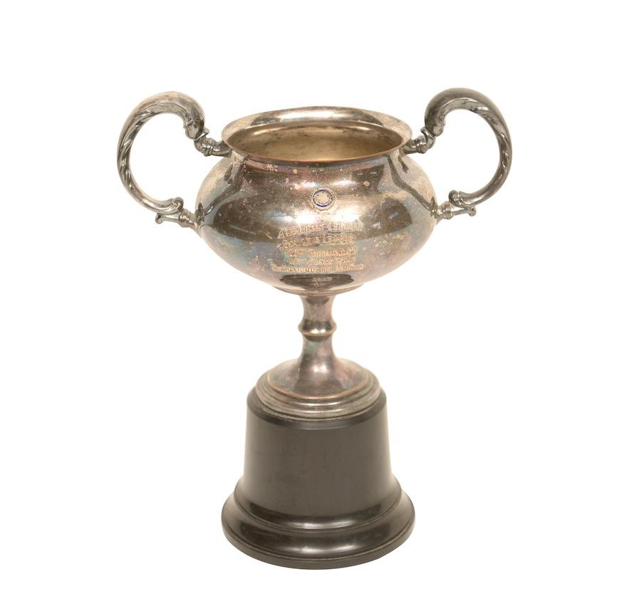 Nero Trophy