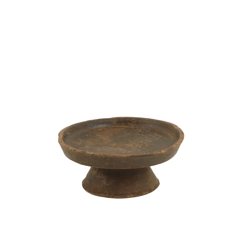Puck Wooden Cake Stand