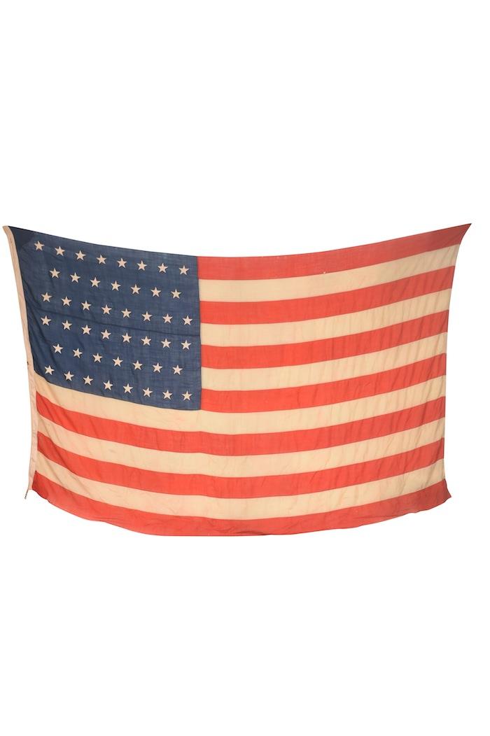 Manifest Flag