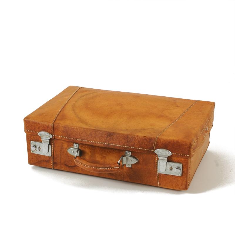 Tate Leather Suitcase