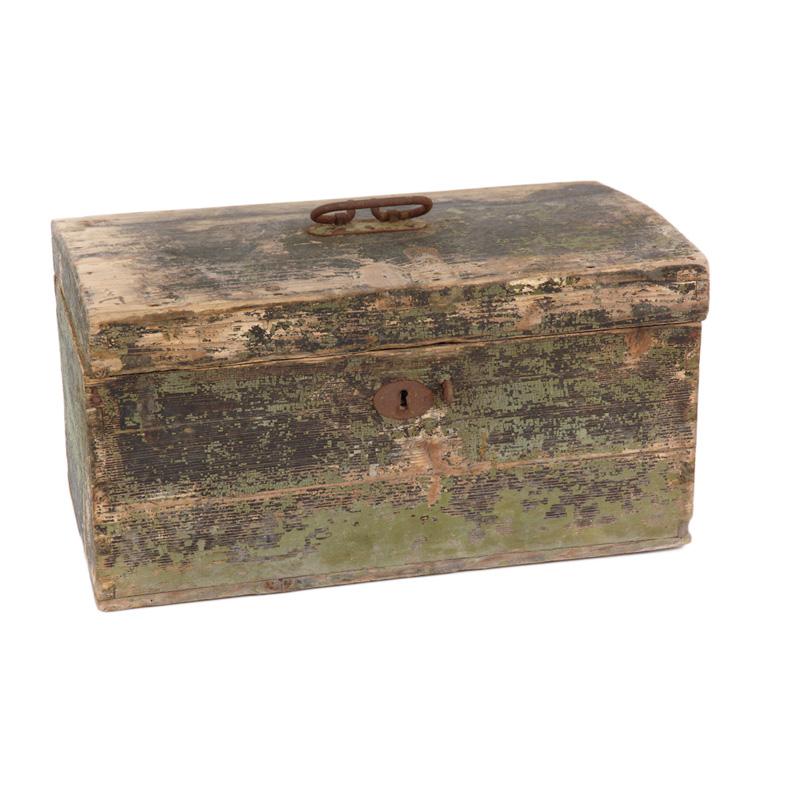 Ratliff Distressed Box