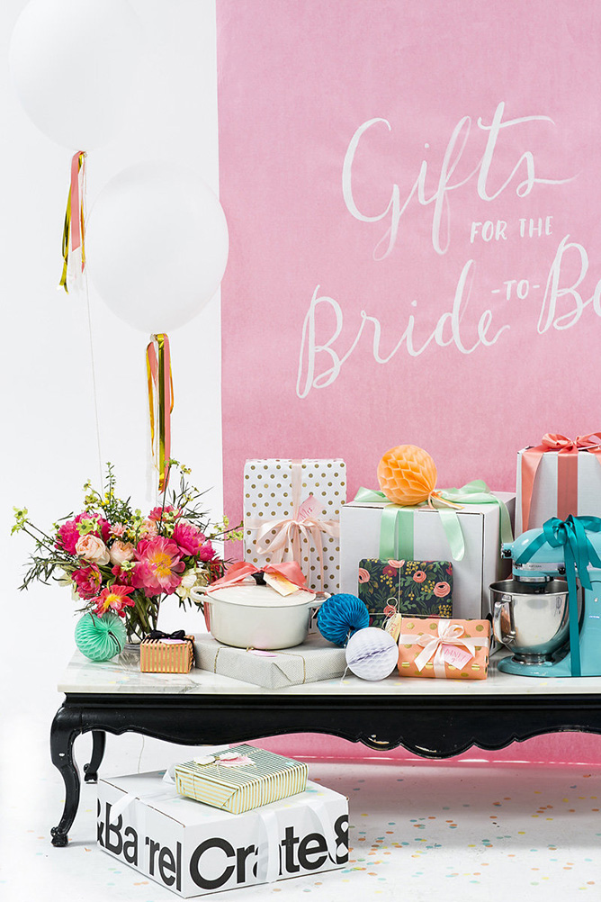 bridal-shower-gift-table-ideas