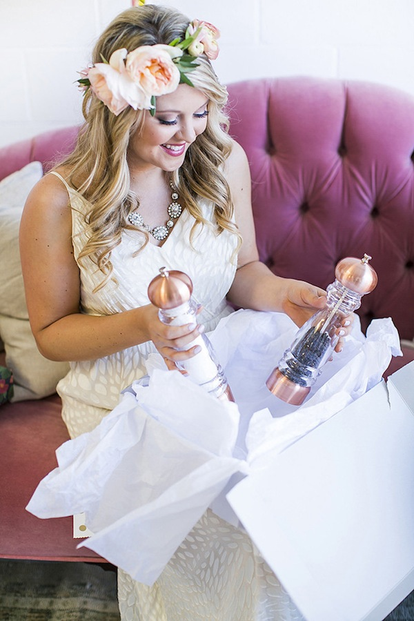 opening-gifts-bridal-shower