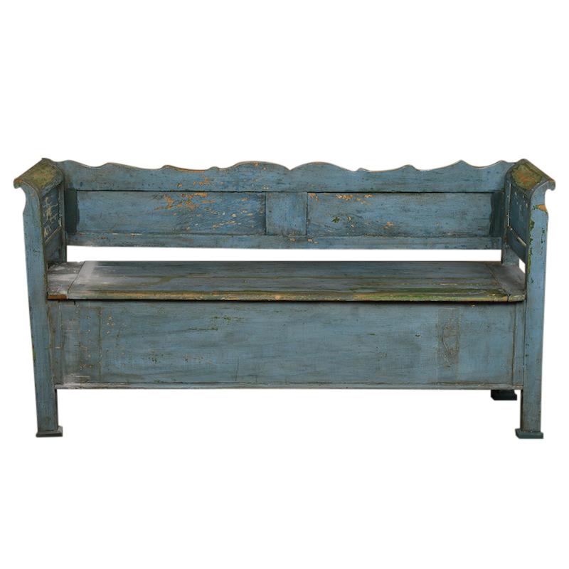 Buzzi Blue Bench