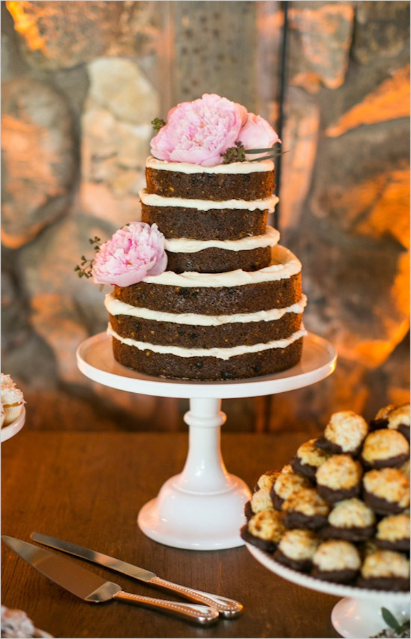 nakedweddingcake@weddingchicks-550x854