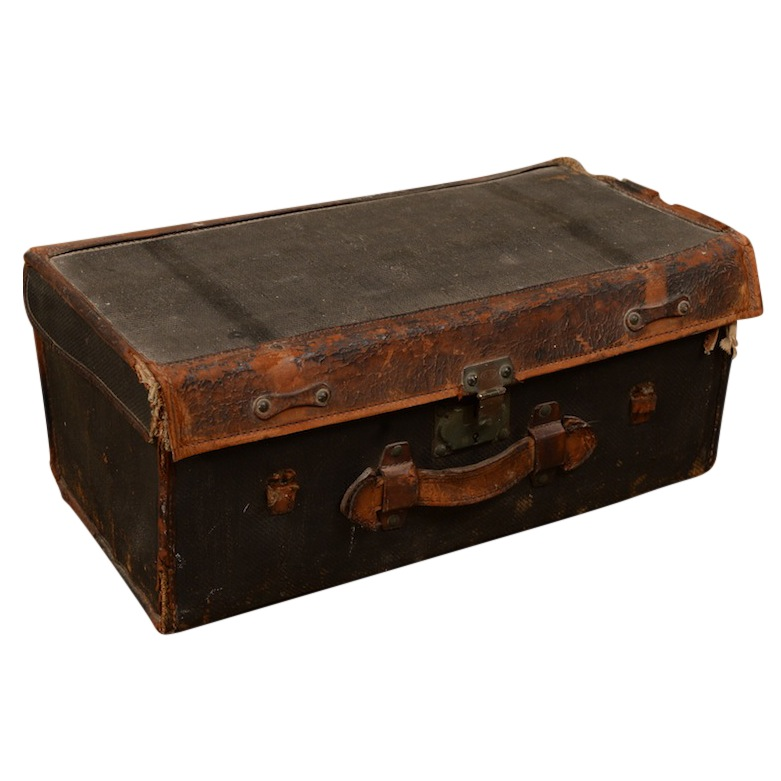Gorgo Leather Suitcase