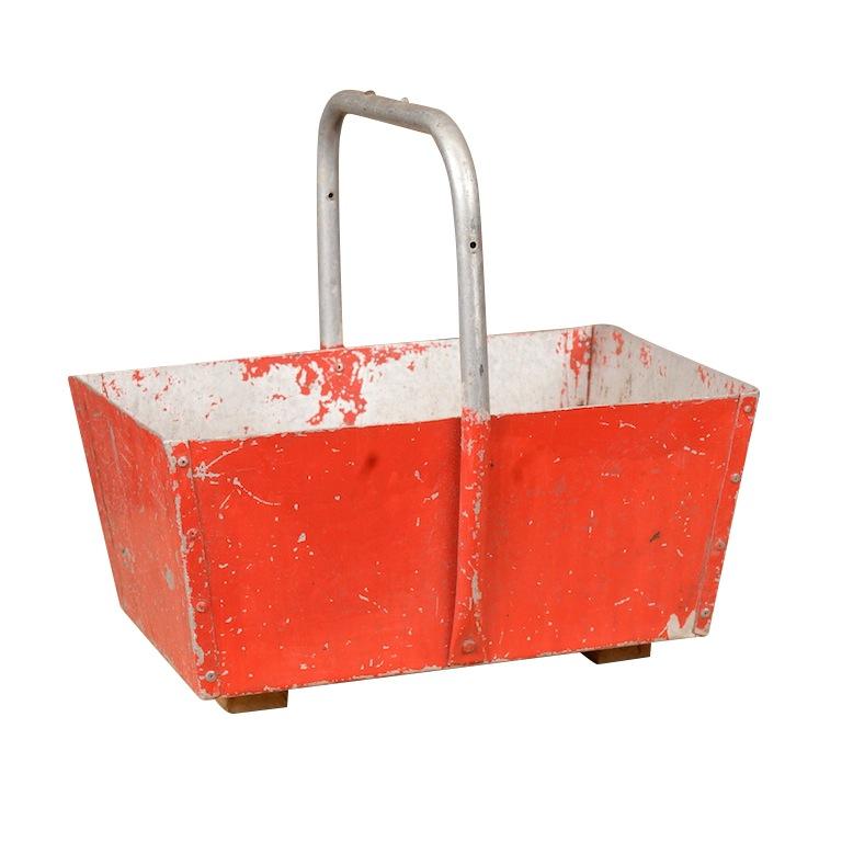 Deneuve Red Basket