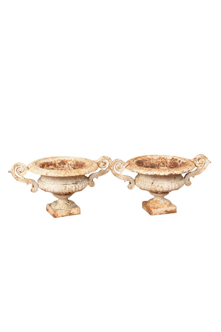 Sutherland White Urns (pair)