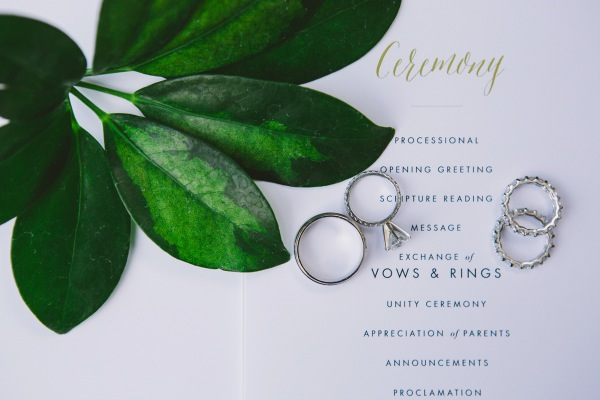 Classic-Wedding-Invitations-600x400