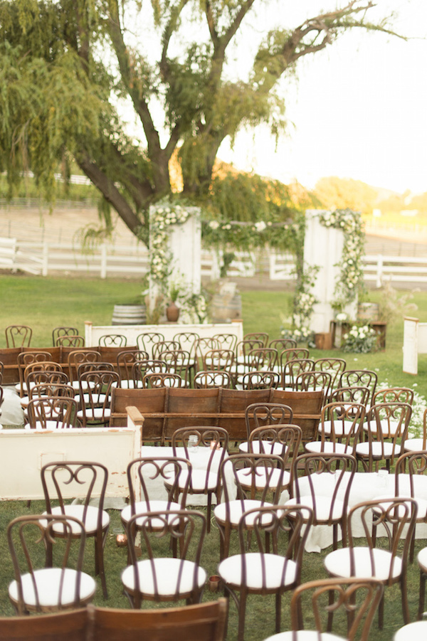Stunning-Outdoor-Wedding-4