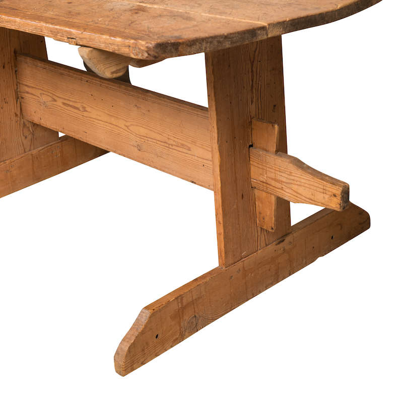 Buy Trestle Table Images Rustic Farm Kitchen Images 6  : ellinger table 04 from www.favefaves.com size 800 x 800 jpeg 289kB