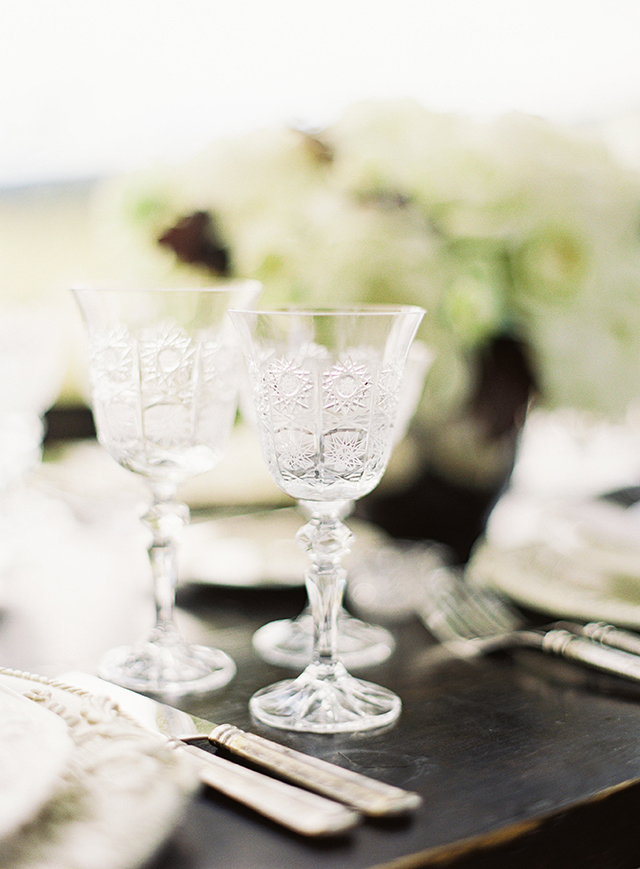 vintage-outdoor-reception-06