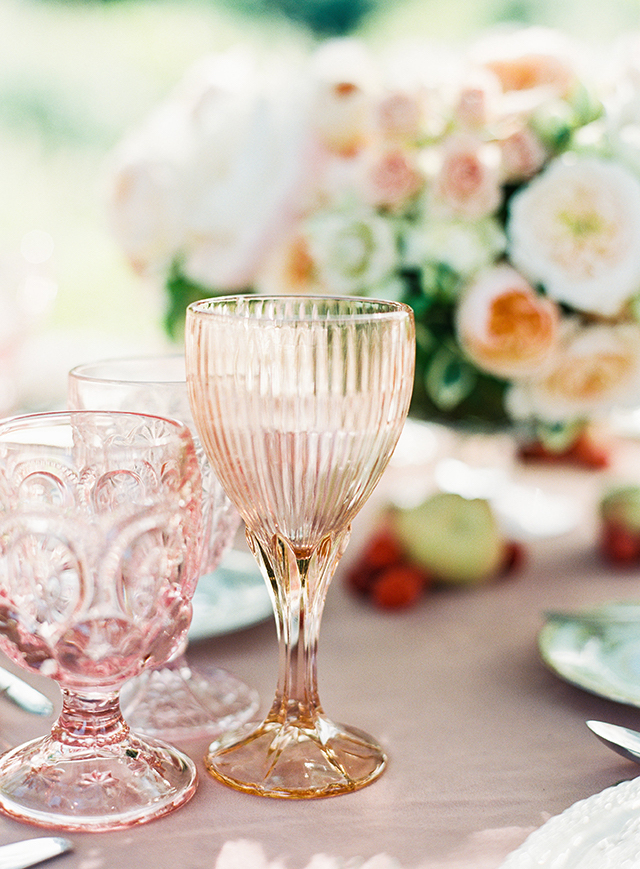 vintage-outdoor-reception-10