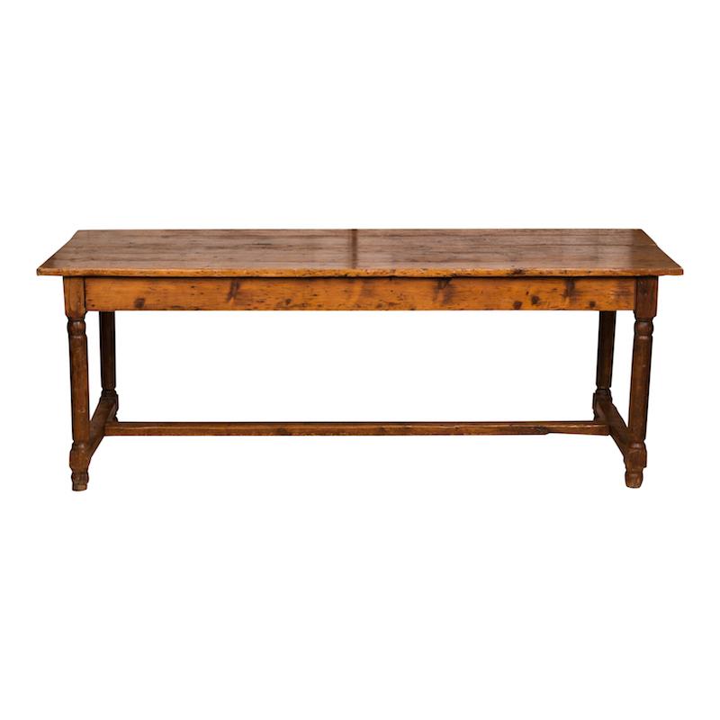 Grantsberg Farm Table