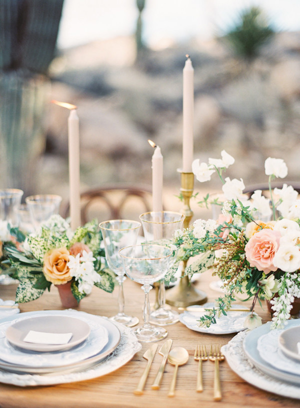 film-florals-wedding-inspo-17