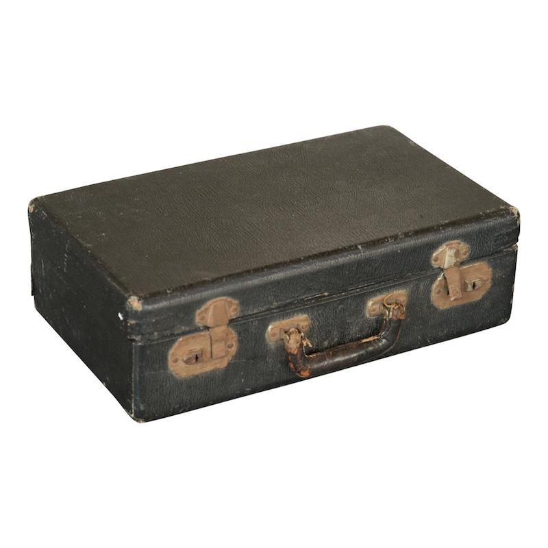 Simpson Suitcase