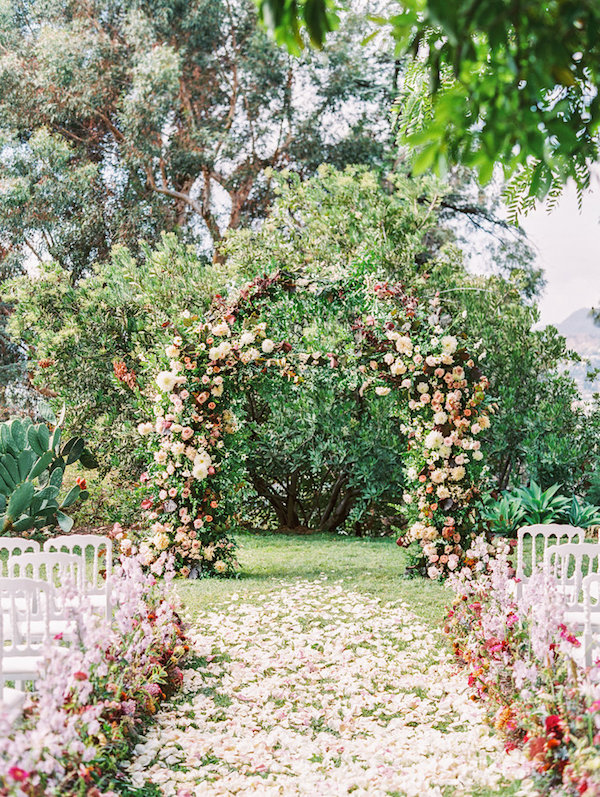 68e06193ee6 All the love for this pretty wedding by Violet and Bone at the The Paramour  Estate. See more gorgeous snaps by Sally Pinera over on Martha Stewart  Weddings.