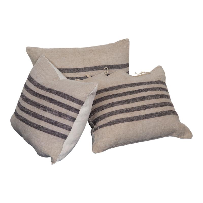 Olinda Pillows (set of 3)