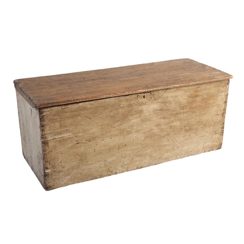 Salem Wooden Trunk