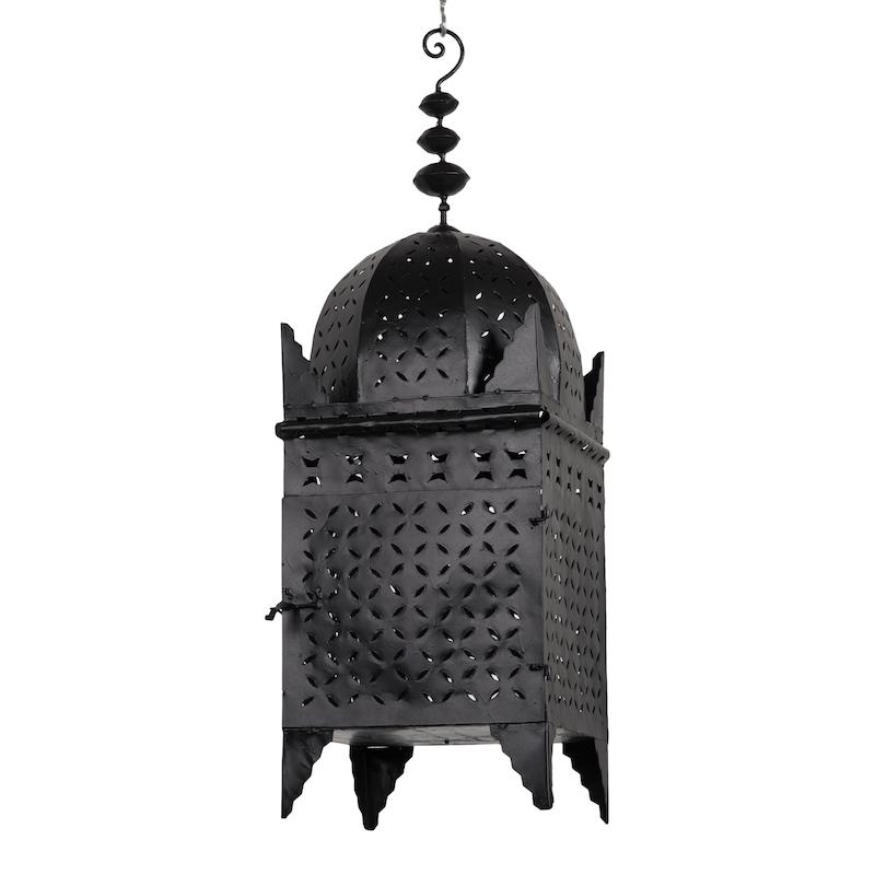 Emilia Grande Lanterns