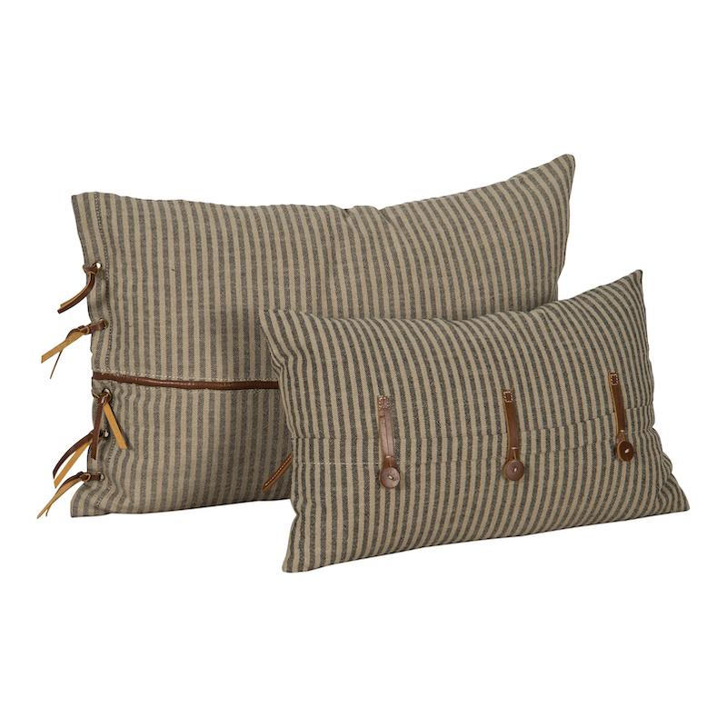 Holly Pillows (pair)